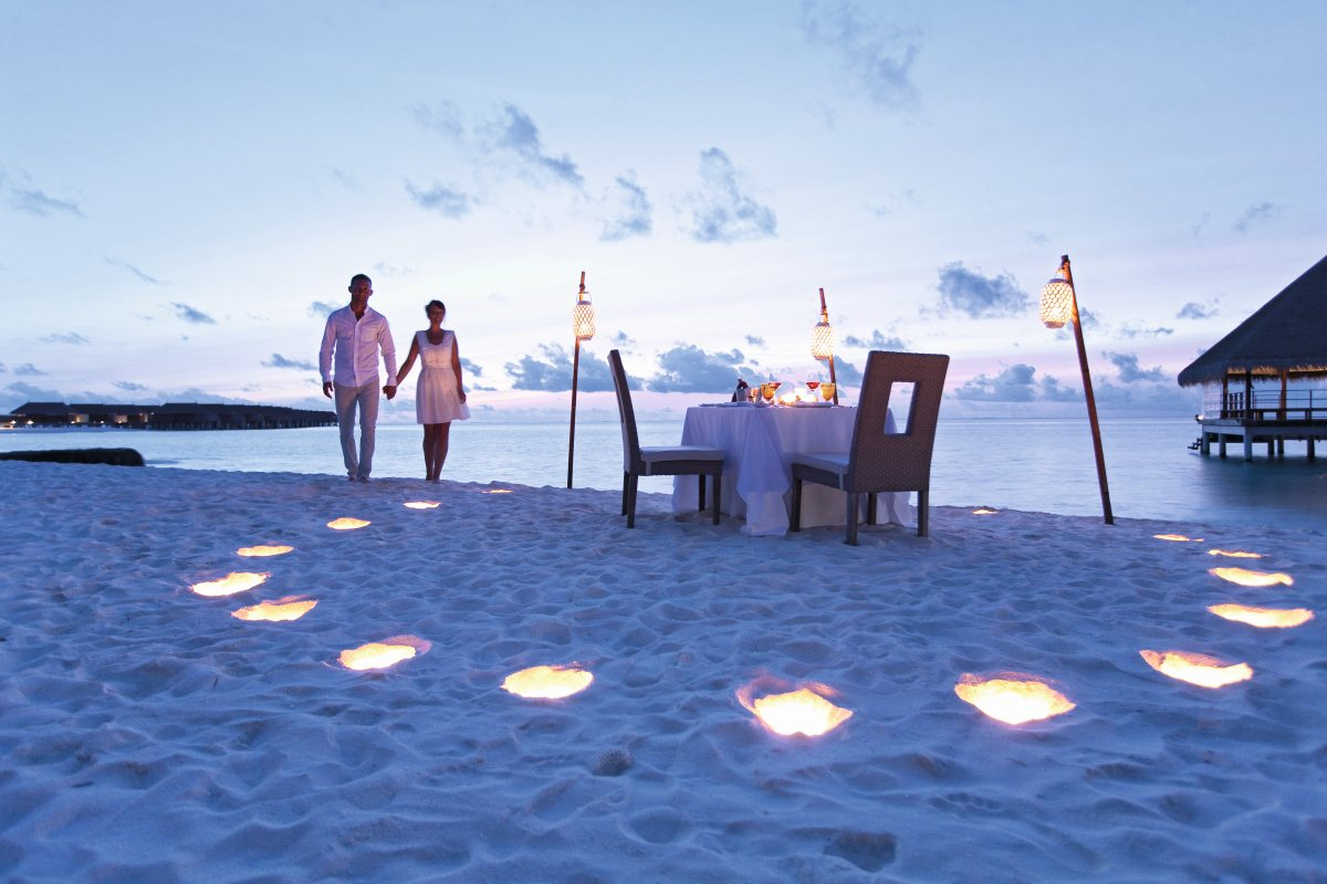 The Top Ten Locations for A Romantic Candlelight Dinner on The Beach