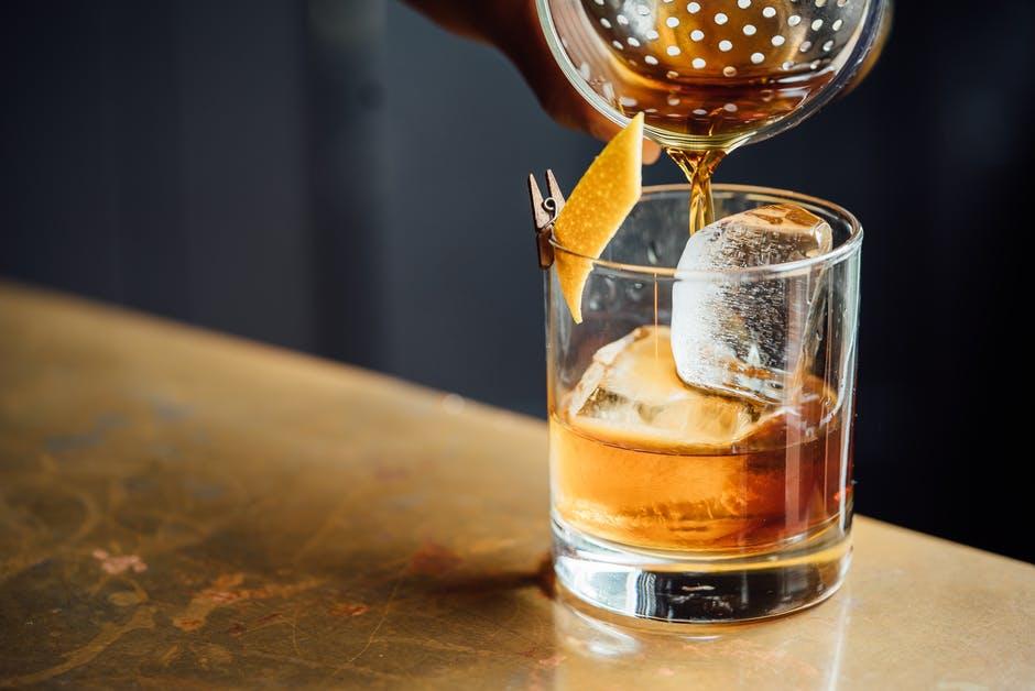Whisky meets Food – die besten Snacks und Speisen zum braunen Gold