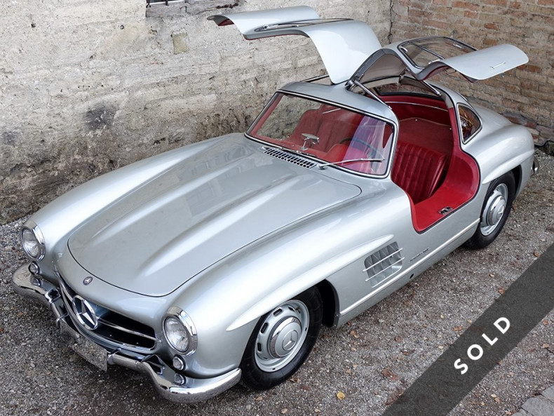 Mercedes-Benz 300 SL - Gullwing