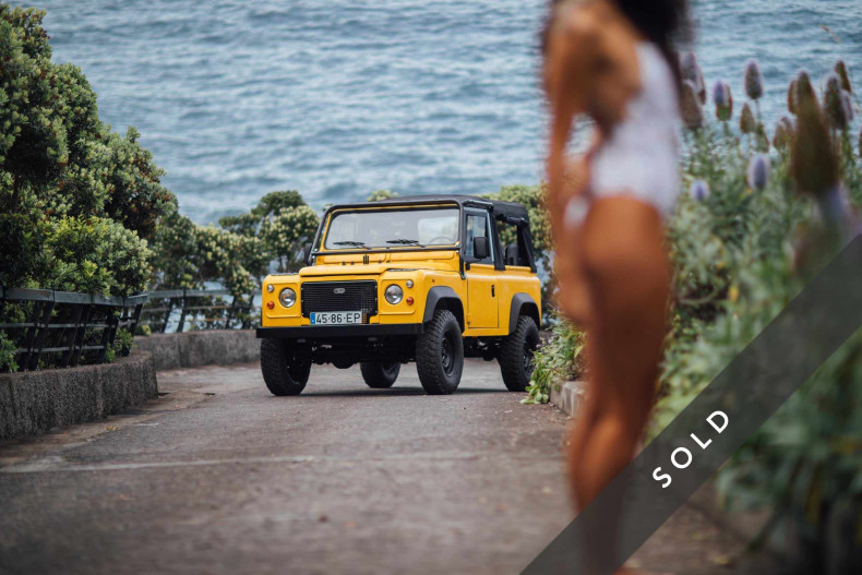 LAND ROVER D90 Yellow-sold