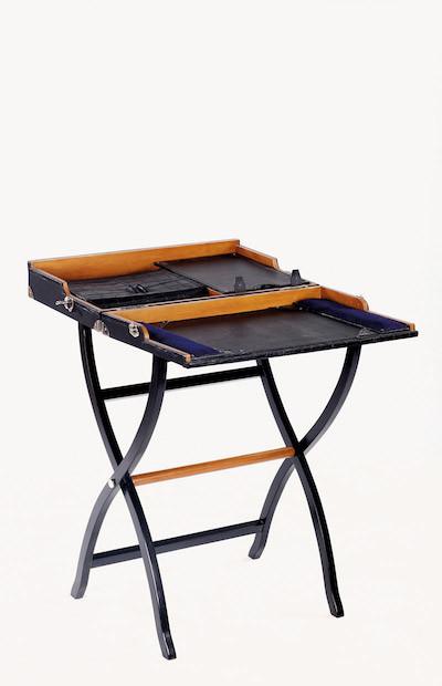 """Keaton Desk"" von Qitoya"