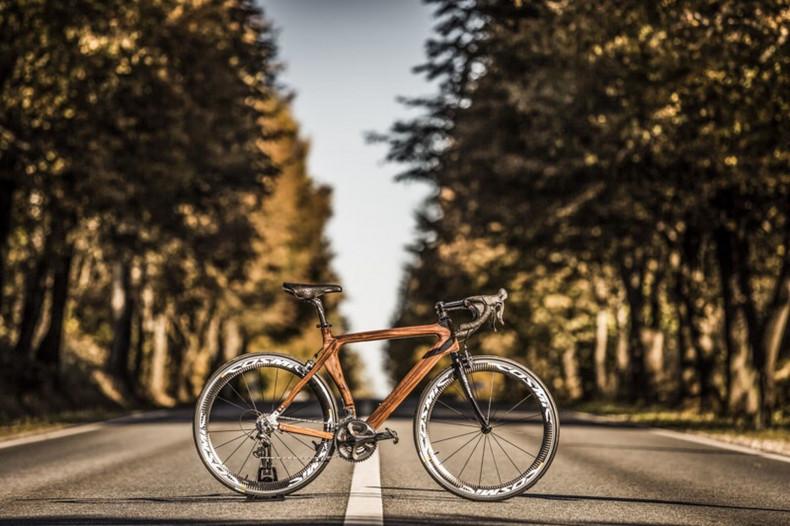 ROAD BIKE TEMPO ULTEGRA - Materia Bikes