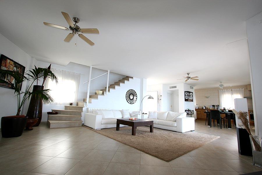 Moderne luxusvilla innen  Einzigartiges mit Stil: Moderne Luxusvilla auf Mallorca bei UNIKATOO