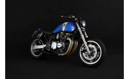 Kawasaki Zephyr 750 Umbau auf Cafe Racer
