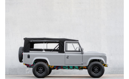 Land Rover 110 V8 matte medium grey