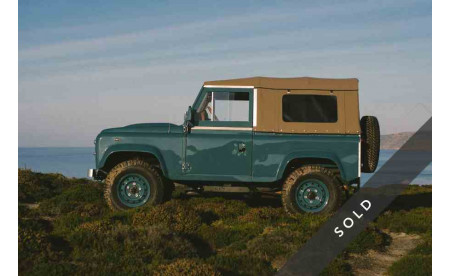LAND ROVER D90 HERITAGE MARINE BLUE