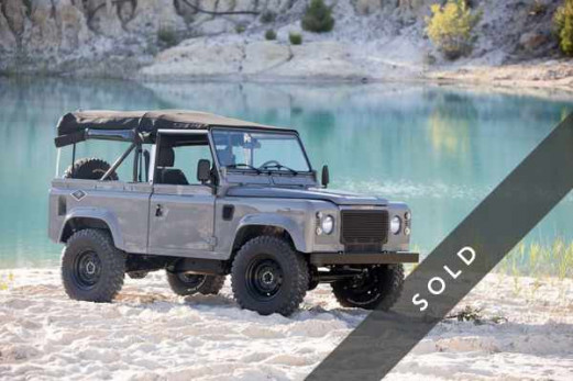 LAND ROVER Defender 90 nardo grey-sold-k