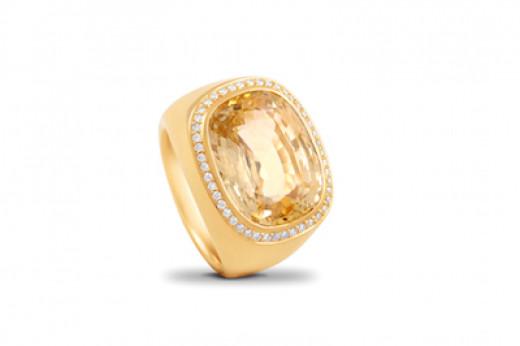 Ring mit gelbem Saphir klein