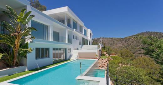 Neubau Villa in Top Lage in Costa den Blanes mit Meerblick - Mallorca