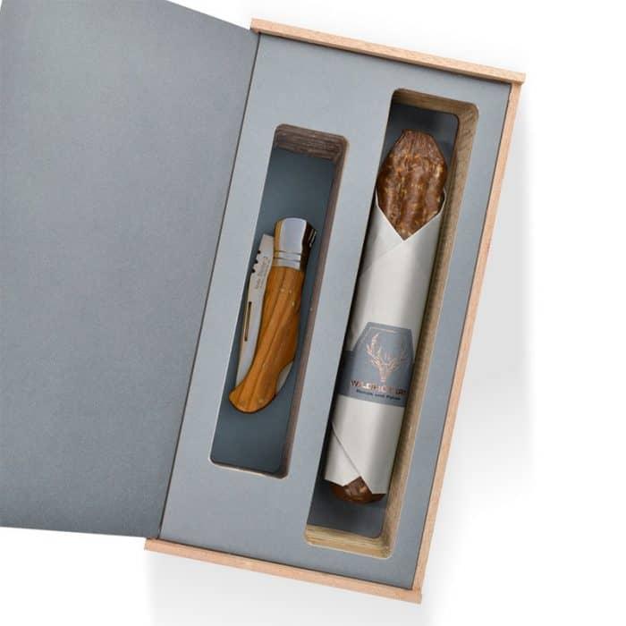 Wildschwein Salami und Messer Präsent 1