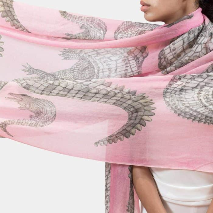 Crocodile Scarf rose 3